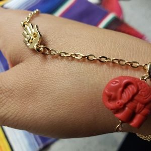 Jewelry - Hasma hand